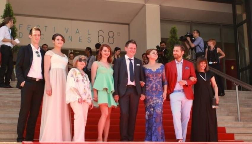 Haljina Tonija Rica prošetala Cannesovim crvenim tepihom