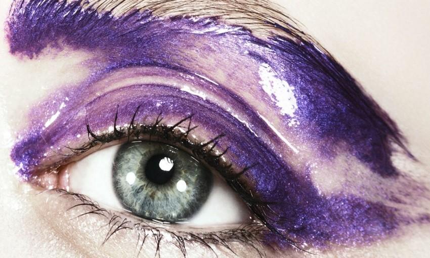 Kako isfurati trendy visoko sjajni makeup na očima i usnama?