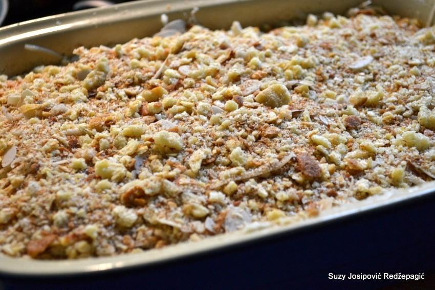 Zapečene mahune sa sirom i bademima - priprema