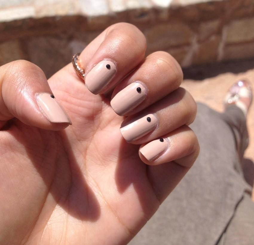 Kako izabrati pravu nijansu nude laka za nokte?
