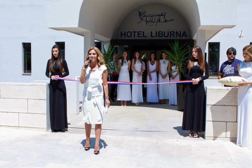 Vlatka Pokos vodila je svečano otvorenje hotela