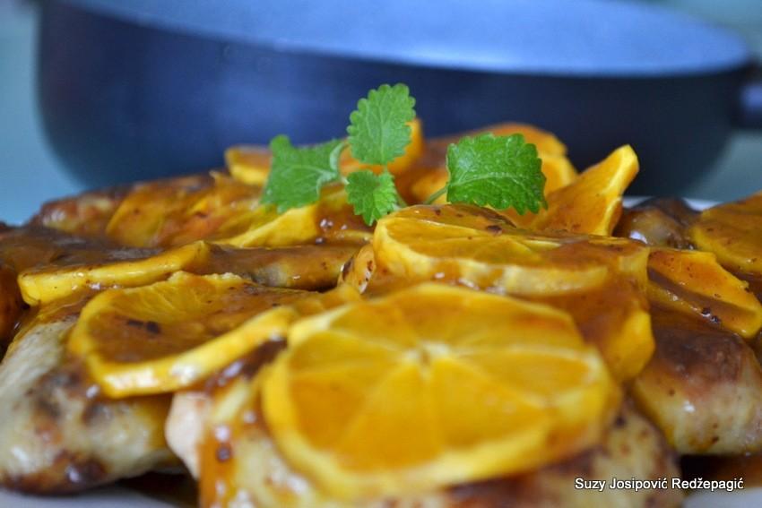 Pileća krilca u umaku od naranče