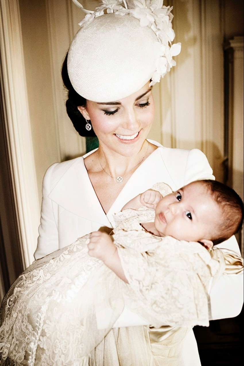 Vojvotkinja Kate s malenom princezom Charlotte
