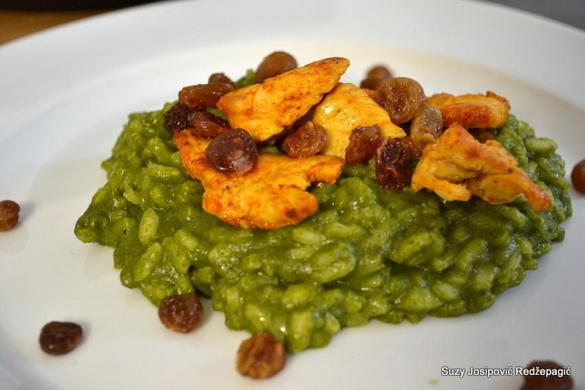 Rižoto a špinatom i piletinom