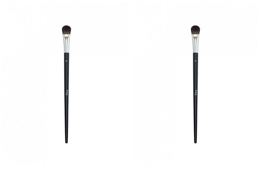 DiorProfessional Finish Medium Eyeshadow Brush