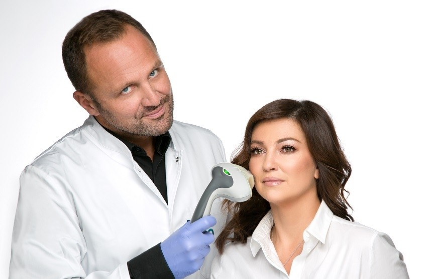 Dr. Milojević i Nina Badrić