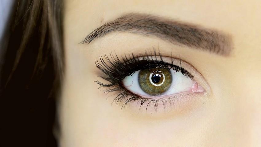 6 najčešćih pogrešaka koje radimo sa sjenilom za oči