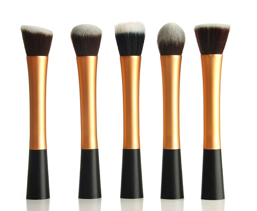 Real Techniques Foundation Brushes