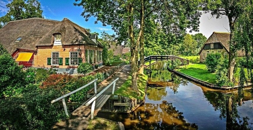 Nizozemsko selo bez ijedne ceste kao da je ispalo iz bajke
