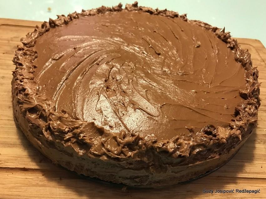 Torta od lješnjaka za Djenka