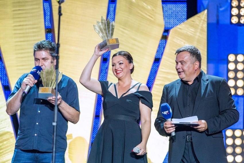 Nina Badrić na dodjeli nagrade Cesarica
