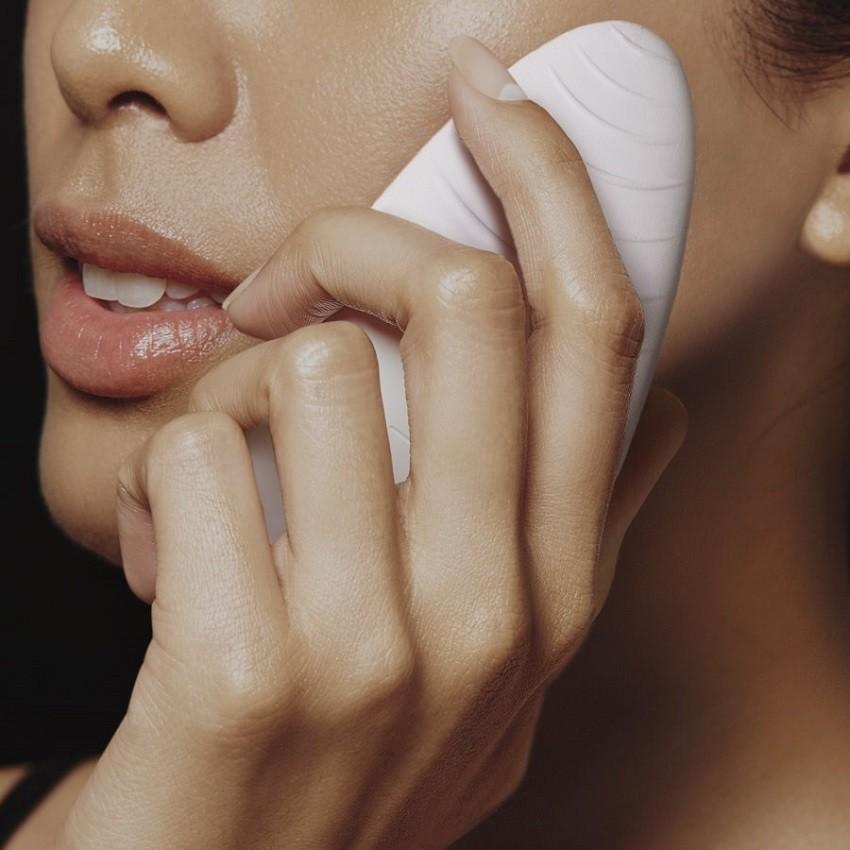 E.L.F. četkica za čišćenje lica