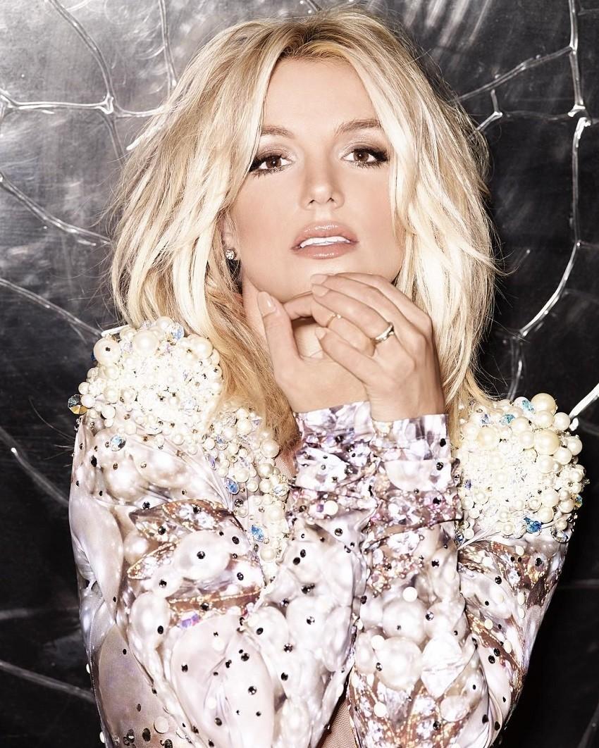 Slika Britney Spears prodana je na aukciji za 10 tisuća dolara