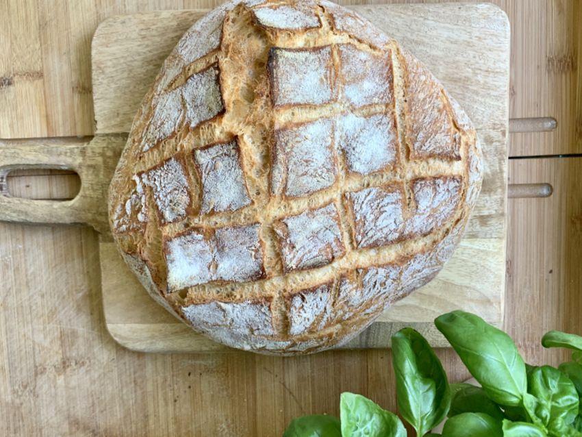 Kruh koji se ne mijesi, Suzy Josipović, Mama zna