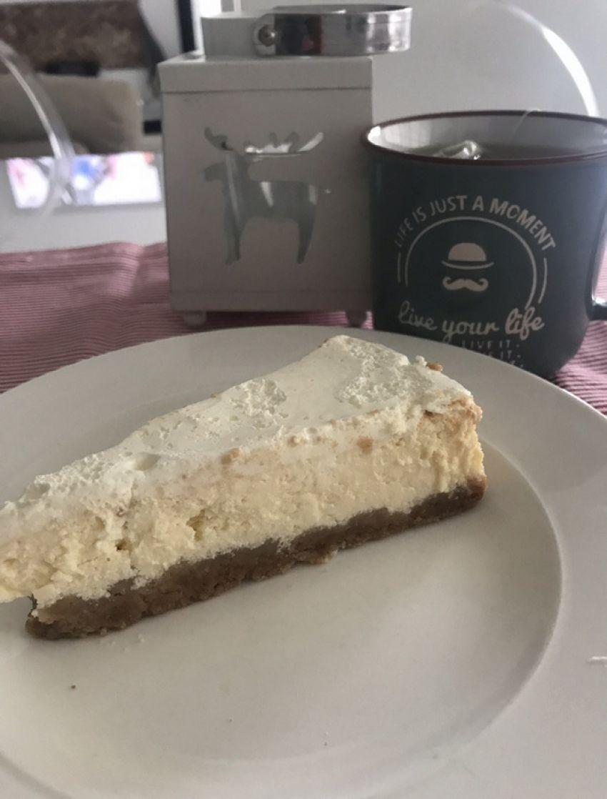 Cheesecake by Suzy Josipović, Mama zna