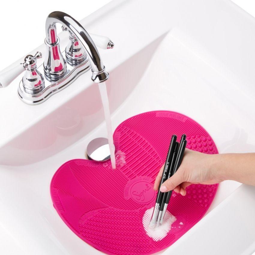 Sigma express brush cleaning mat
