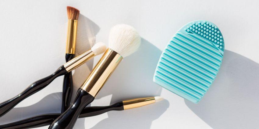 Silikonsko jaje za čišćenje makeup četkica
